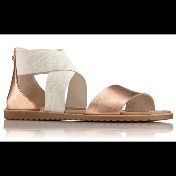 e832c40a2 Sorel Ella Cross Strap Sandal. M 5be71569153795c3c6163f12